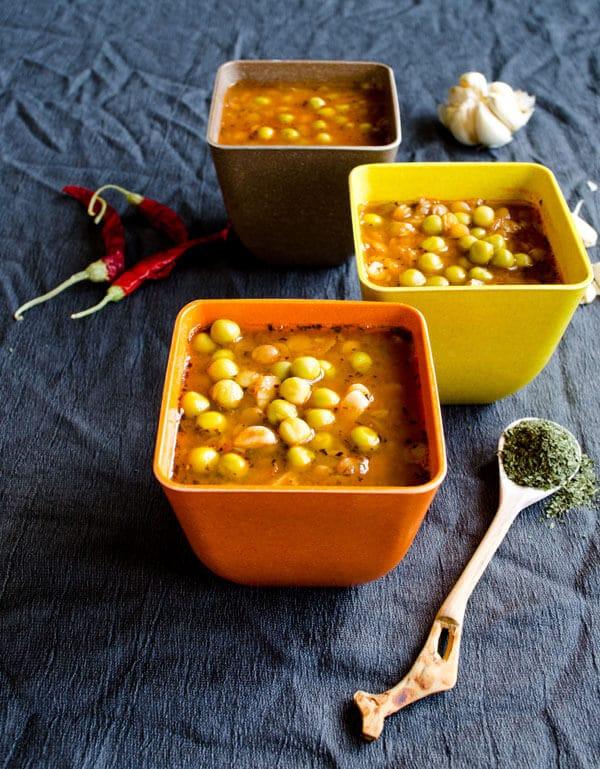 Green Lentil Soup | #greenlentils #pea #soup | giverecipe.com @zerringunaydin
