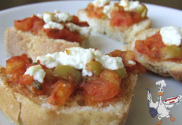 Open Sandwich with Tomato | giverecipe.com