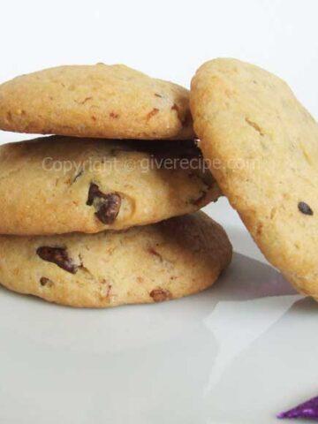 Fig and Walnut Cookies | giverecipe.com