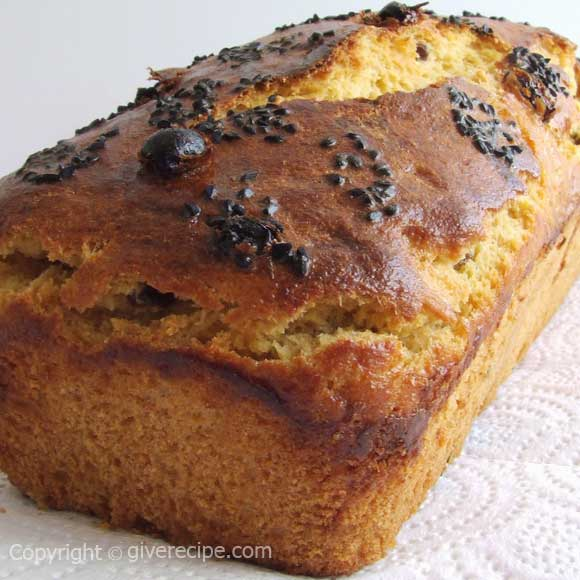 Corn Bread With Raisin | giverecipe.com