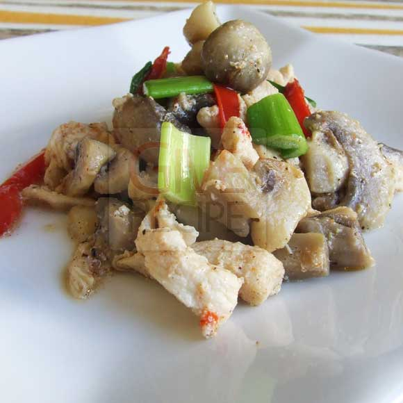 Sauteed Chicken With Mushrooms | giverecipe.com