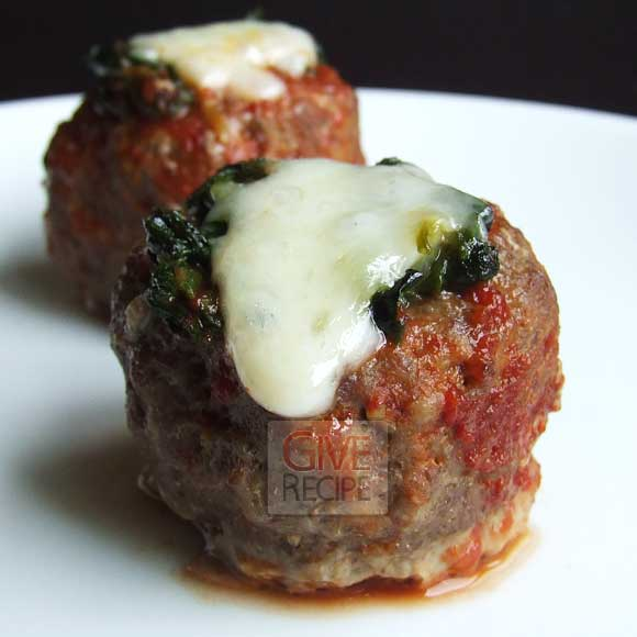 Meatballs Stuffed With Spinach | giverecipe.com