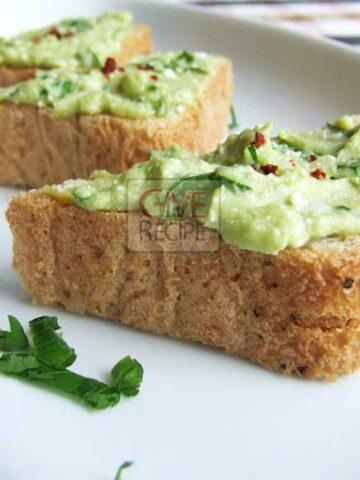Avocado And Cheese Dip | giverecipe.com