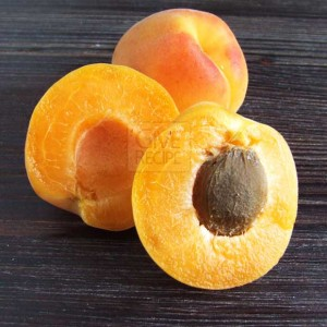 Apricot For Skin | giverecipe.com