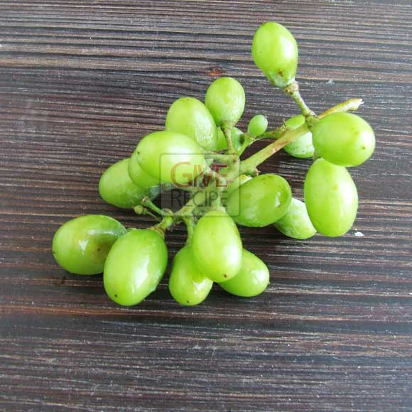 unripe grape