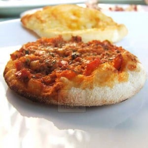 Mini Lahmacun And Pide | giverecipe.com
