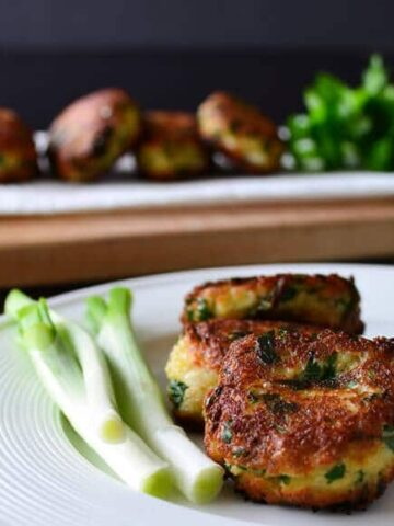 Leftover Bread And Cheese Patties | giverecipe.com