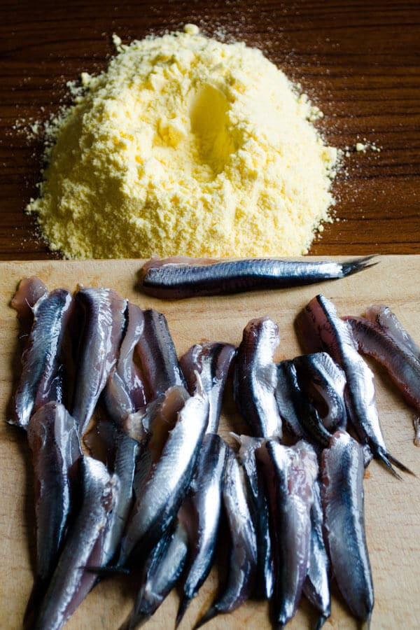 how to fry anchovies 4