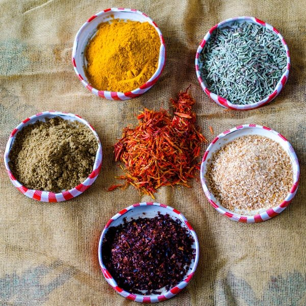 6 Different Spices From Turkey2