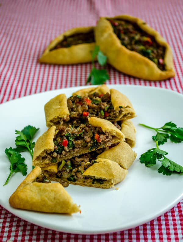 Turkish Pide with Ground Beef3 Turkish Pide with Ground Beef
