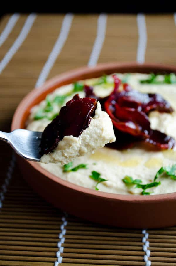 Hummus with Pastirma or Bacon2