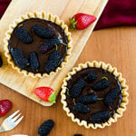Sweet Mulberry and Chocolate Tart thumbnail