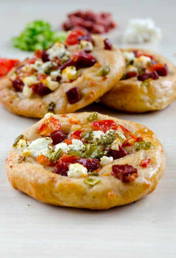 Mini Pizza for Breakfast | #pizza #breakfast #snack #sujuk #turkish #wholewheat | giverecipe.com