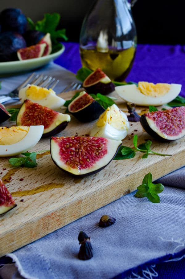 Fig and Egg Salad | #salad #fig #egg #breakfast | giverecipe.com