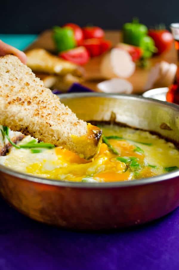 Scrambled Eggs with Asparagus | #asparagus #eggs #breakfast | giverecipe.com