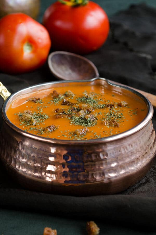 Roasted Tomato Soup | giverecipe.com | #tomato #soup #roastedtomato