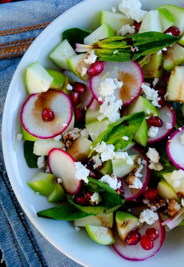 Spinach and Apple Salad   giverecipe.com   #salad #apple #spinach #radish #healthy #vegetarian