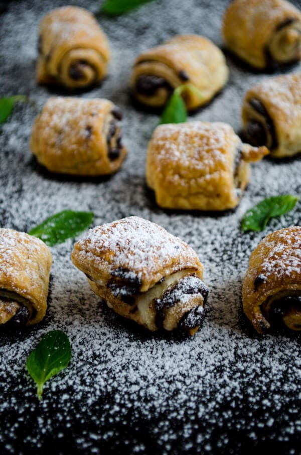 Chocolate Puff Pastry Rolls |giverecipe.com | #chocolate #pastry #puffpastry