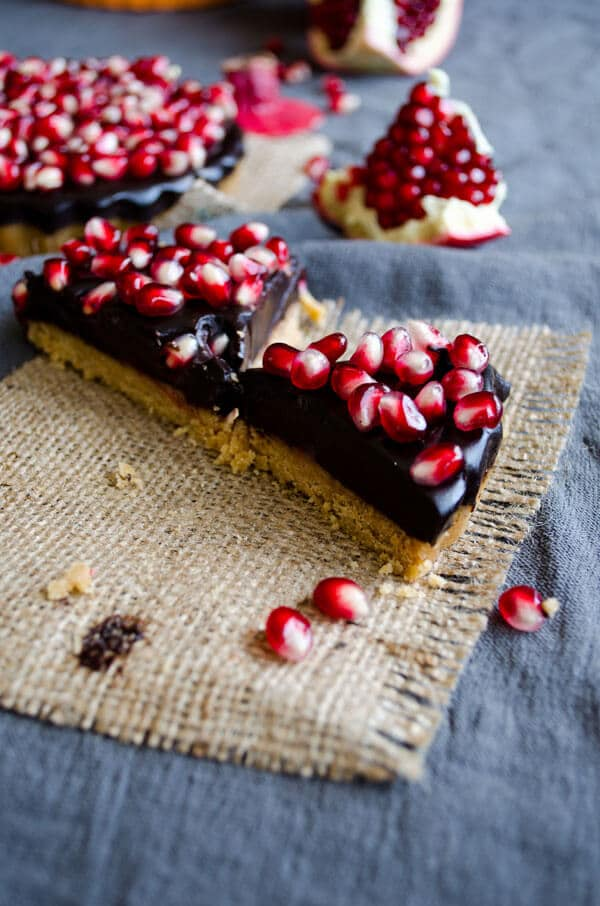No-Bake Chocolate Pomegranate Tart  | giverecipe.com | #chocolate #pomegranate #tart