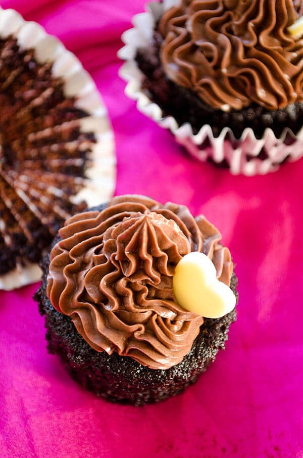 Eggless Chocolate Coffee Cupcakes