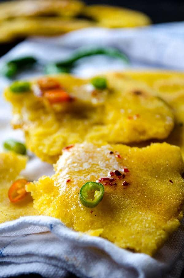 Homemade Gluten-free Naan | giverecipe.com | #naan #glutenfree #bread #cornmeal #riceflour
