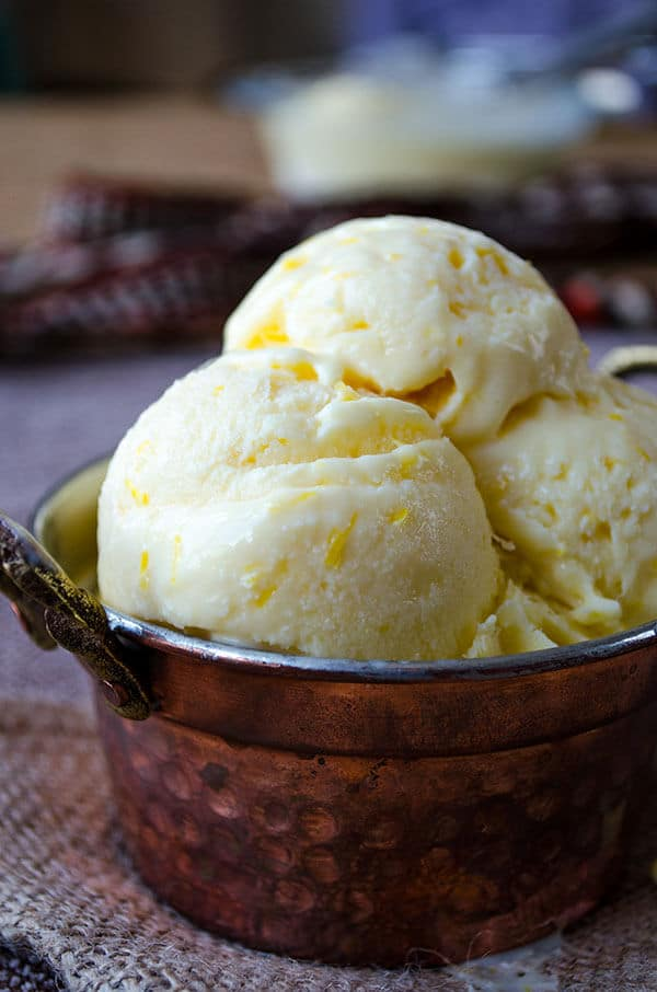 Creamy Lemon Ice Cream | giverecipe.com | #lemon #citrus #ice cream #summer