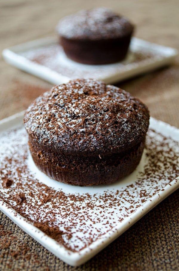 Molten Chocolate Lava Cake   giverecipe.com   #cake #chocolate #lavacake #mothersday