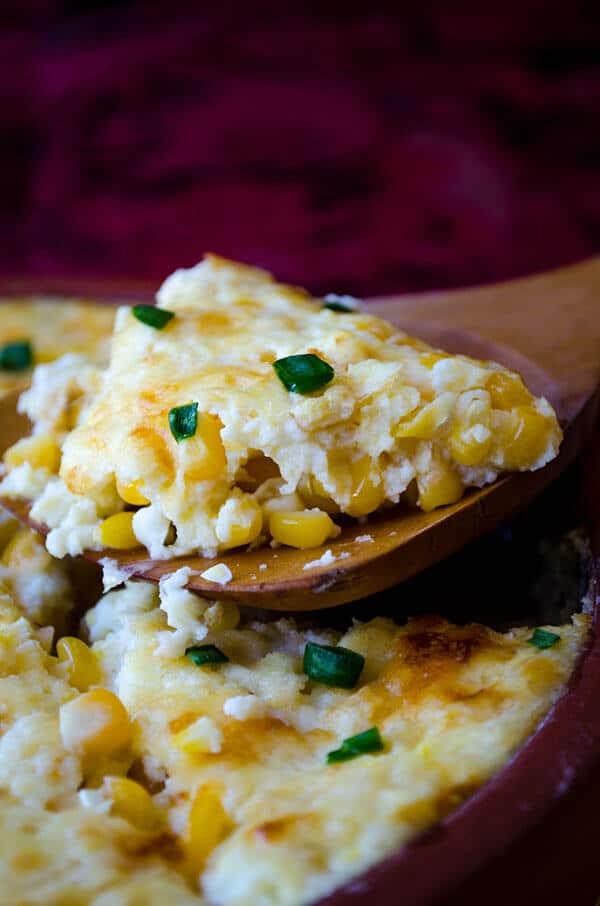 Creamy Cheesy Corn Casserole | giverecipe.com | #corn #casserole #cheesy #corncasserole #freshcorn