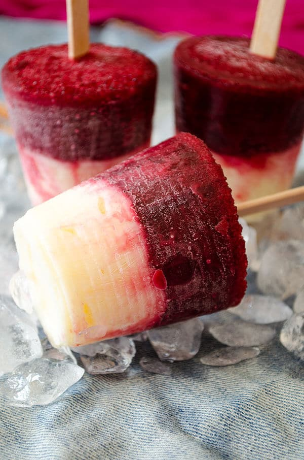 Cherry Vanilla Pudding Pops | giverecipe.com | #pops #popsicles #vanillapudding #puddingpopsicles #cherry #cherrypops #summertreats #frozendessert