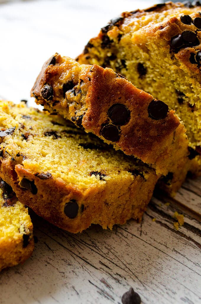 Chocolate Chip Pumpkin Bread | giverecipe.com | #pumpkin #bread #cake #pumpkinbread #fallrecipes #baking