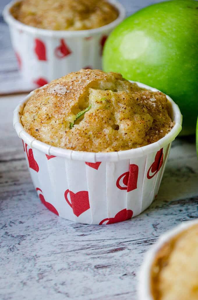 Zucchini Cinnamon Apple Muffins | giverecipe.com | #zucchini #apple #cinnamon #muffins #fall