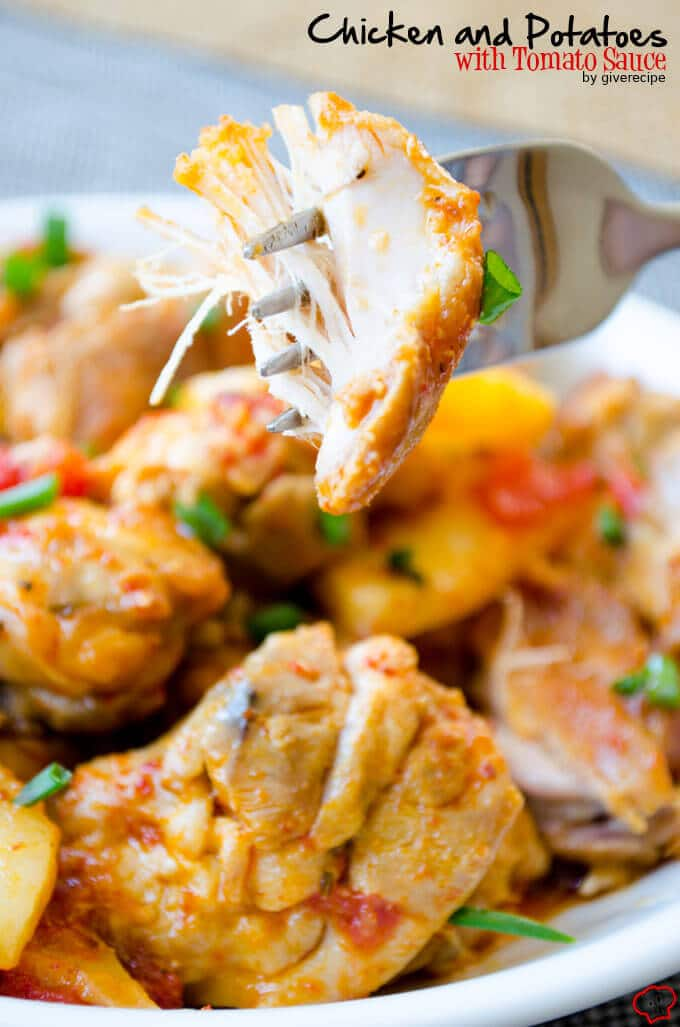 Chicken and Potatoes with Tomato Sauce | giverecipe.com | #chicken #chickenandpotatoes