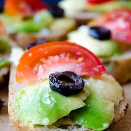 Simple Avocado Bruschetta | giverecipe.com | #avocado
