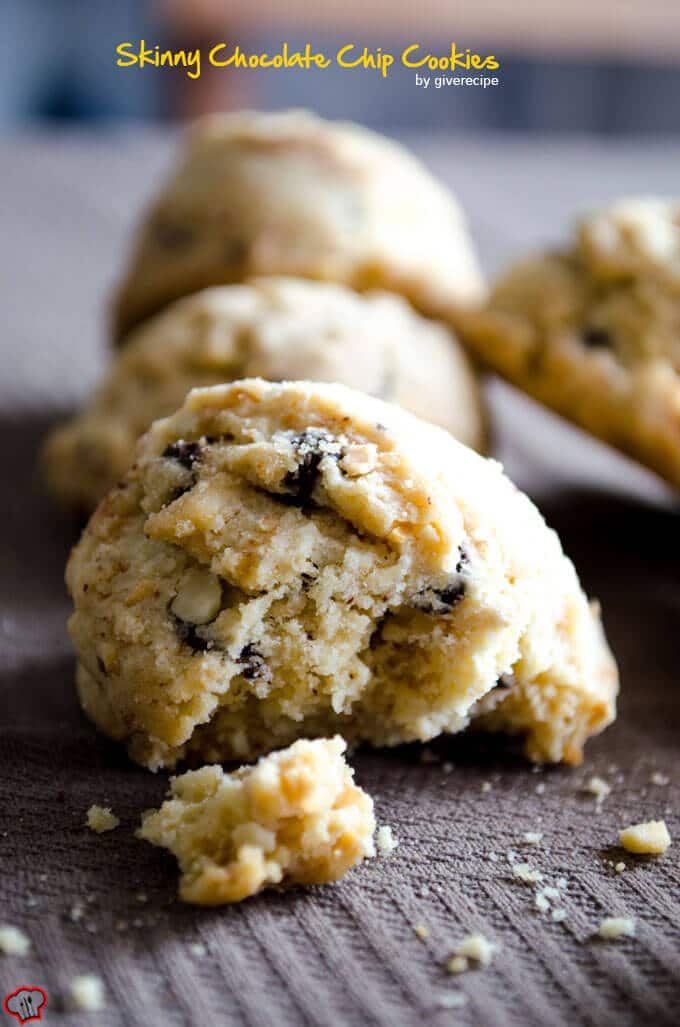 Skinny Chocolate Chip Cookies | giverecipe.com | #skinnycookies