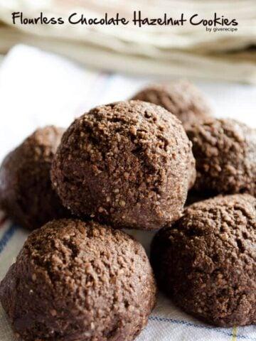 Flourless Chocolate Hazelnut Cookies   giverecipe.com   #cookies #flourless