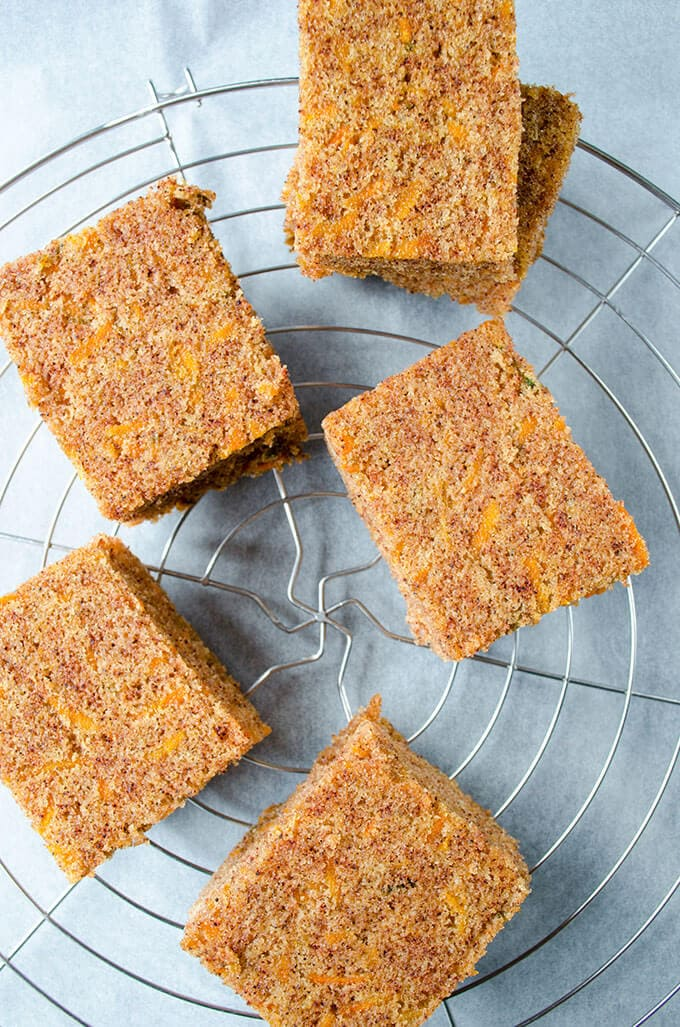 Honey Carrot Cake Bars   giverecipe.com   #carrot #bars