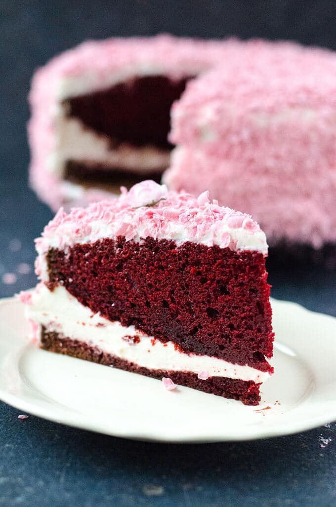 Classic Red Velvet Cake | giverecipe.com | #redvelvet #valentinesday