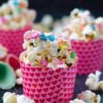White Chocolate Popcorn | giverecipe.com | #popcorn #partyfood