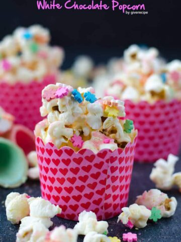 White Chocolate Popcorn   giverecipe.com   #popcorn #partyfood