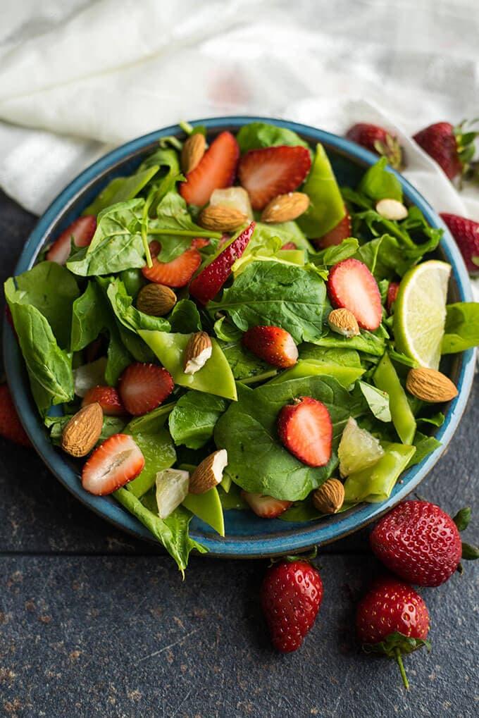 Strawberry Spinach Salad | giverecipe.com | #strawberry #spinach