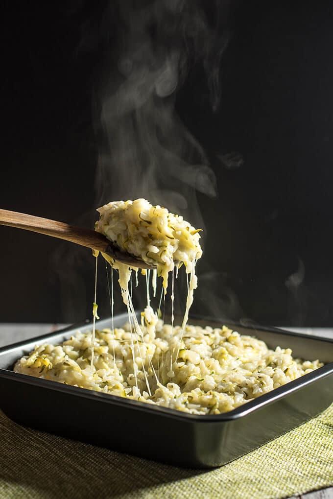 Cheesy Zucchini Rice will become the favorite side of the whole family despite the zucchini. 100% guaranteed! - giverecipe.com