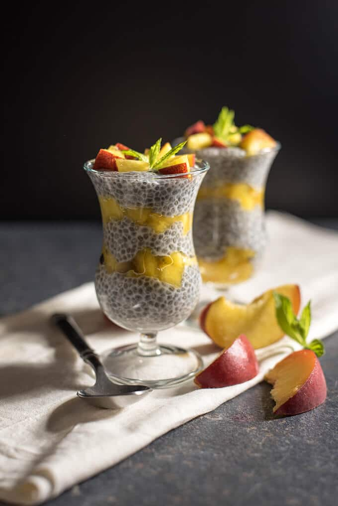 4-ingredient no-cook pudding.Vegan and glutenfree Peach Chia Pudding with almond milk. The healthiest pudding ever!- giverecipe.com