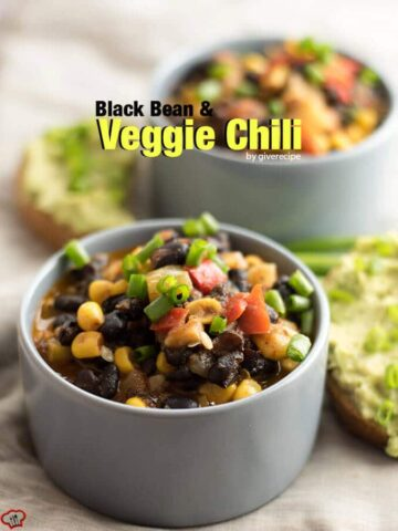 Black Bean and Veggie Chili. Healthy, hearty and very easy. Ready in 30 minutes! - giverecipe.com