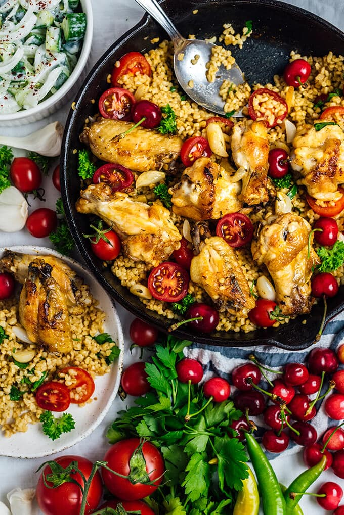 One Pan Garlic Lemon Chicken Wings with Bulgur is a satisfying Mediterranean-inspired dish with minimum washing up. It makes a perfect weeknight dinner.