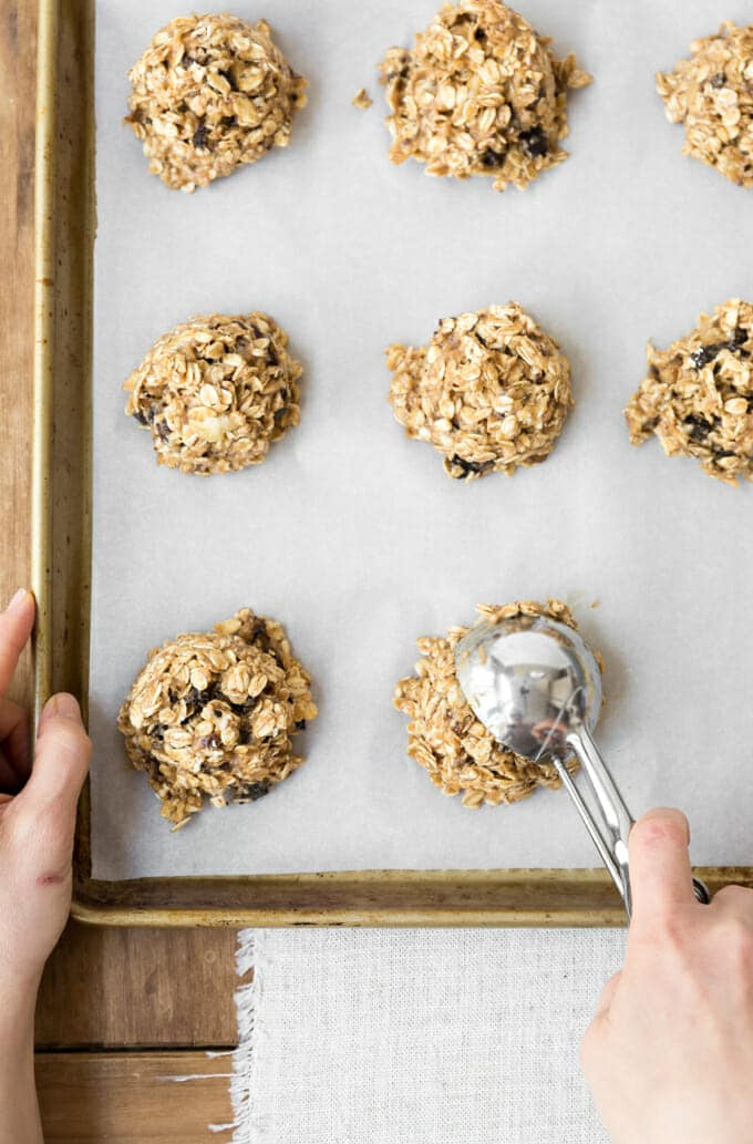 banana oatmeal breakfast cookies make healthy, tasty and quick breakfast. #sponsored