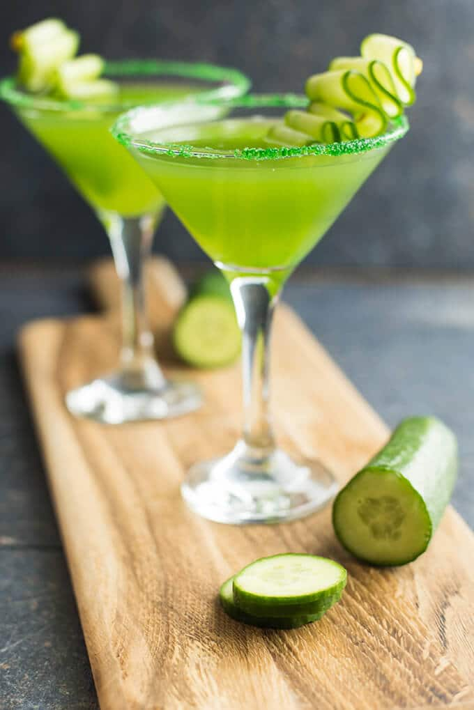 Cucumber martini for game day drinks