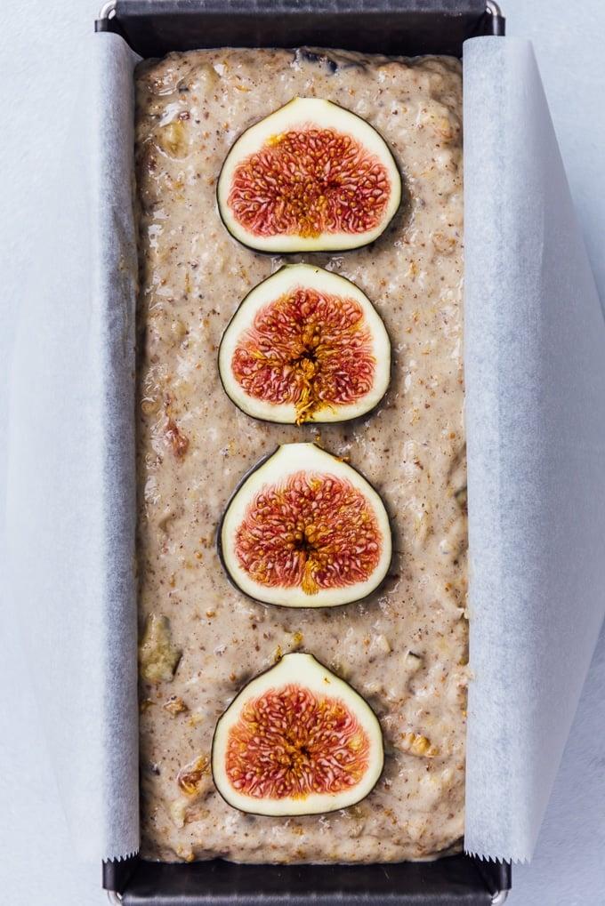 Fresh fig banana bread
